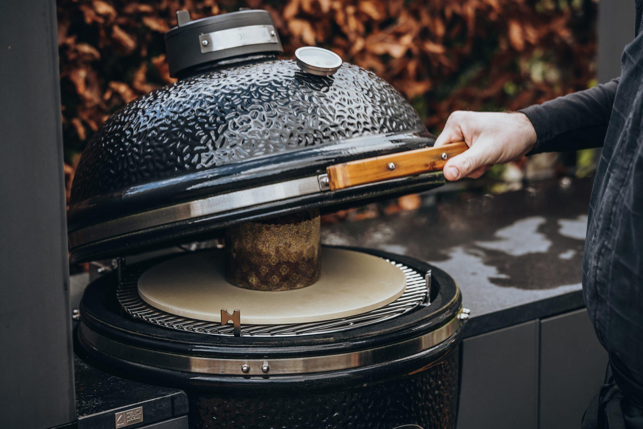 Panettone Kamado Grill