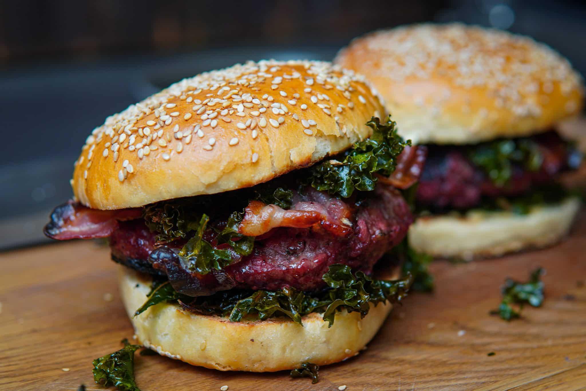 Grünkohl Burger Monolith Kamado