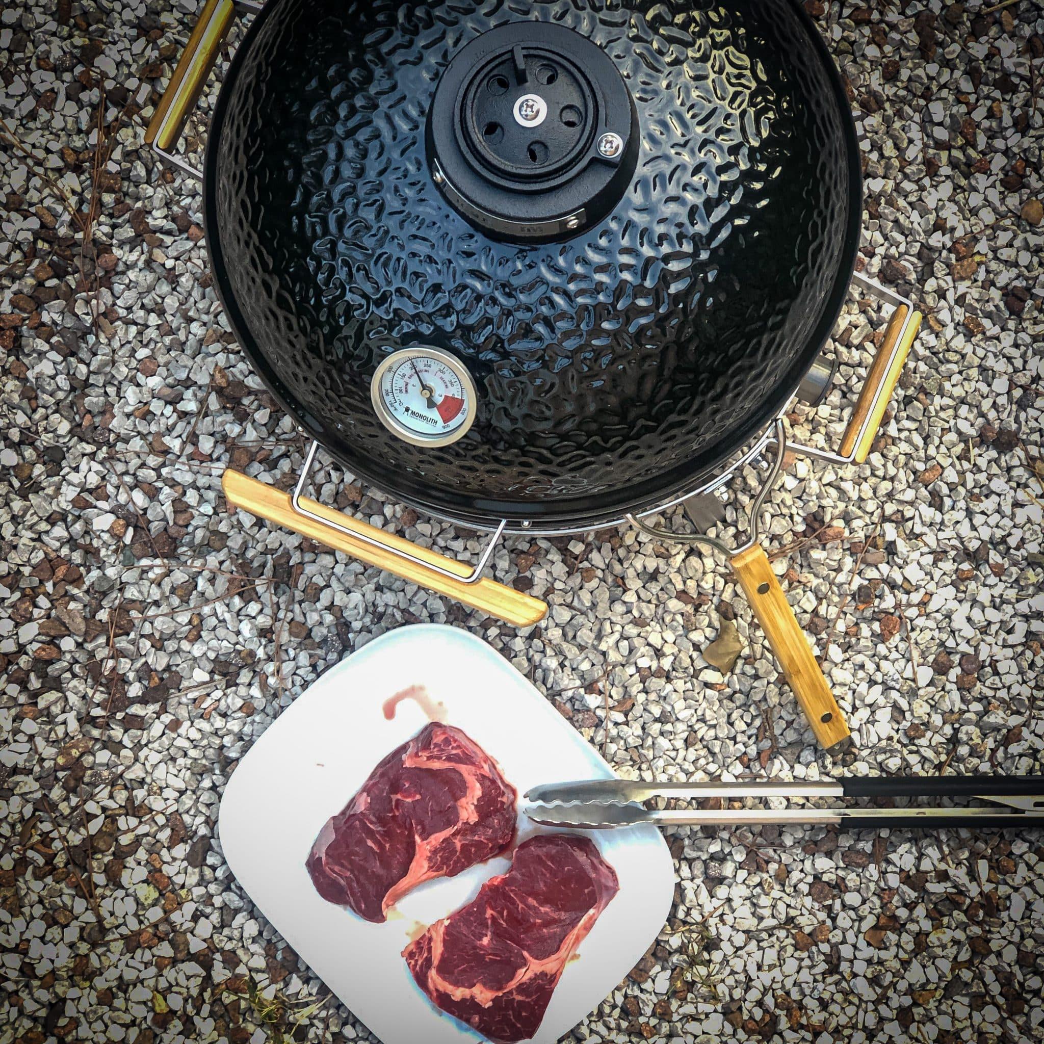 Steak Kamado Grill
