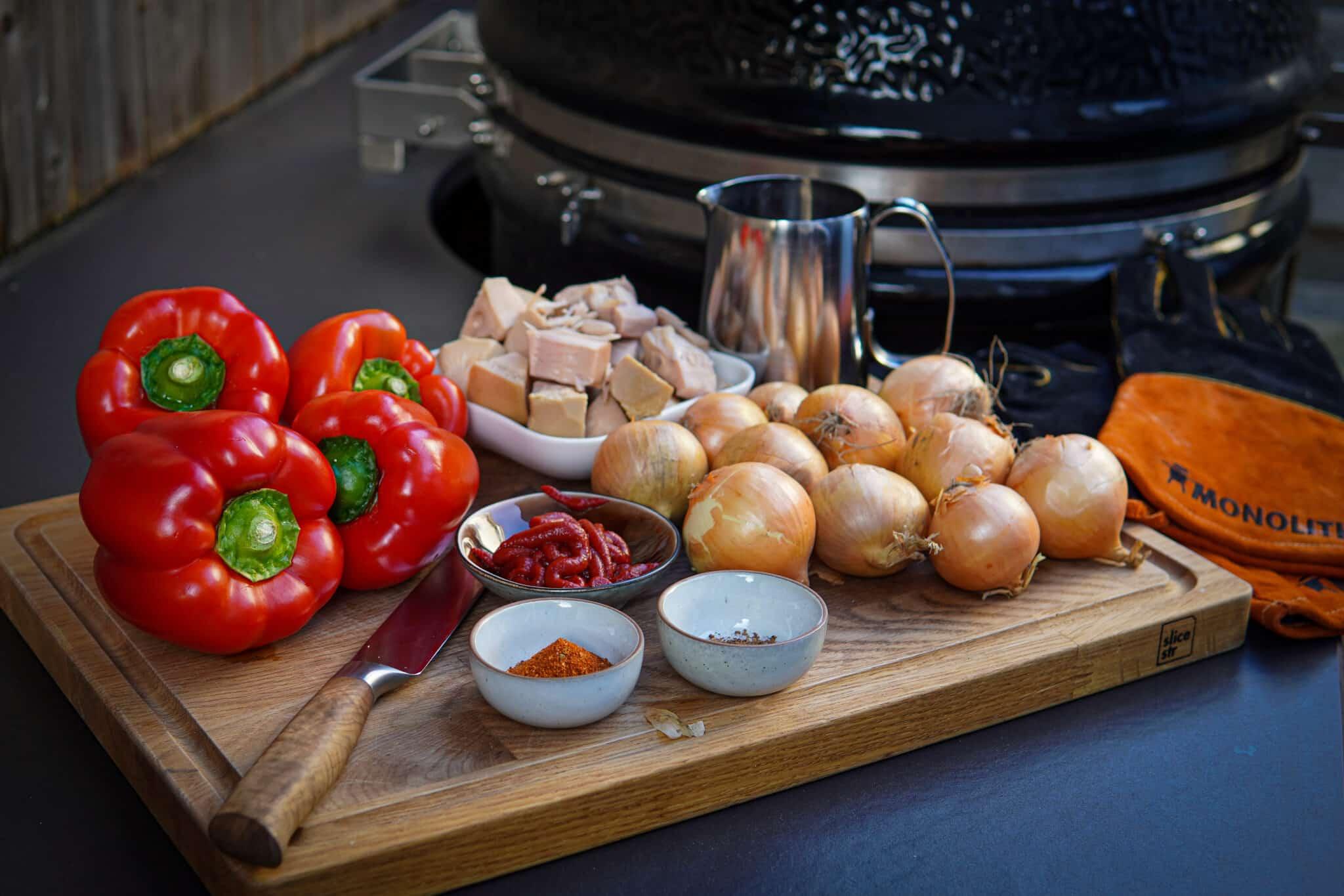 Vegetarisches Gulasch Grill